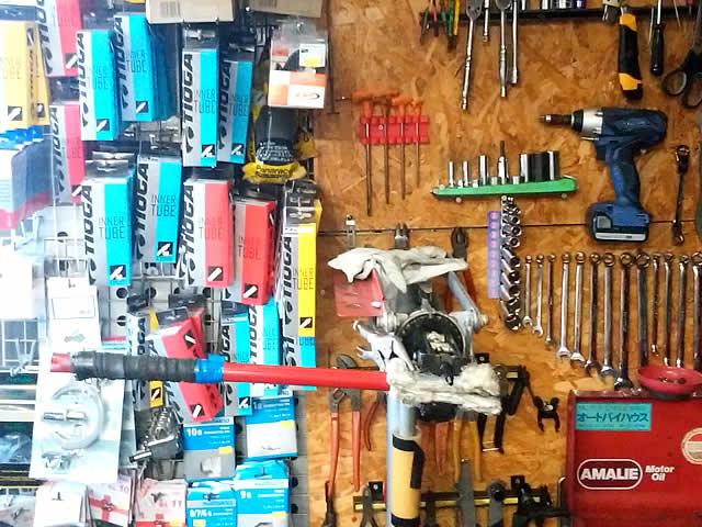 自転車、オートバイでお困りのことは当店へご相談ください